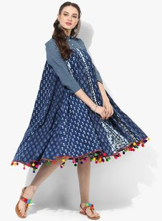 Sangria Shift Dress Collar And Sleeves In Checks