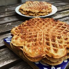 Page not found - Sydhavnsmor No Cook Desserts, Gluten Free Desserts, Cookie Desserts, Delicious Desserts, Yummy Waffles, Crepes And Waffles, Sweet Recipes, Snack Recipes, Dessert Recipes