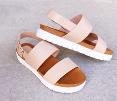 platform sandals only $20!! I need! www.messclothings.com Pink Sandals, Cute Sandals, Cute Shoes, Shoes Sandals, Me Too Shoes, Stylish Sandals, Strappy Sandals, Flatform Sandals Outfit, Flat Platform Sandals