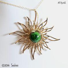 イメージ 5 Wire Necklace, Wire Wrapped Necklace, Wire Wrapped Pendant, Wire Jewelry, Jewelry Shop, Jewelry Art, Unique Jewelry, Jewelry Design, Jewelry Making