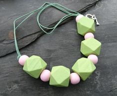 Pastel pink and green wooden geometric necklace Pretty Necklaces, Silver Necklaces, Silver Earrings, Silver Jewelry, Beaded Necklace, Silver Ring, Square Earrings, Geometric Necklace, Organza Gift Bags