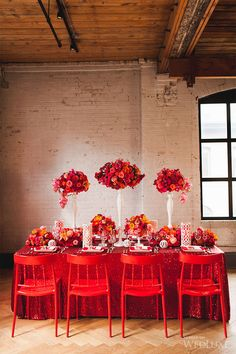 Searching for bright and bold wedding ideas? You won't want to miss this winning Glitterati Style File contest entry! | Photography by: Corina V. Photography
