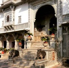 53 Ideas Farmhouse Architecture India For 2019 Farmhouse Architecture, India Architecture, Beautiful Architecture, Haveli India, Udaipur India, Jaipur, Staircase Design Modern, Indian House Plans, Heritage Hotel