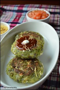 BM Week 1 Day 1 - This week I have chosen to post some recipes with Broccoli as the main ingredient. These healthy cutlets qualify. Paneer Recipes, Indian Food Recipes, Asian Recipes, Vegetarian Recipes, Healthy Recipes, Snack Recipes, Easy Snacks, Healthy Snacks, Navratri Recipes