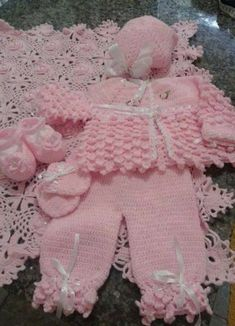 Diy Crafts - -Dress for kids girls sweaters 55 ideas dress Knitting Baby Girl, Baby Girl Crochet, Baby Knitting Patterns, Baby Patterns, Crochet Patterns, Kids Knitting, Crochet Baby Sweaters, Baby Girl Sweaters, Crochet Baby Clothes