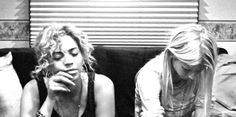 love bey and gwyn seriously just chillin