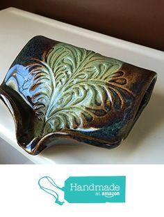 Ceramic Self Draining Soap Dish in Amazon Green from BTRceramics https://www.amazon.com/dp/B01CGNITC4/ref=hnd_sw_r_pi_dp_xpNMxbS8XVANE #handmadeatamazon