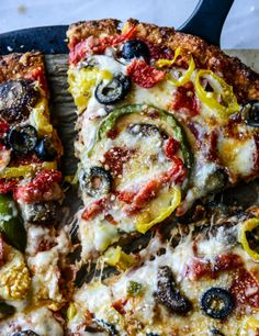 cauliflower crust pizza supreme *very nice as next day leftovers*
