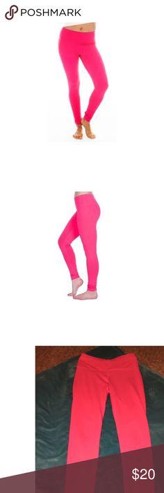 Workout leggings 90 Degrees by Reflex !HOT! pink leggings. Spandex material. 90 Degree By Reflex Pants Leggings