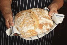 Come fare il pane in casa: 10 errori Focaccia Pizza, Pizza Wraps, Maila, Creative Food, Finger Foods, Italian Recipes, Love Food, Sandwiches, Food And Drink