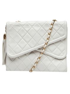 and this chanel vintage bag too, please