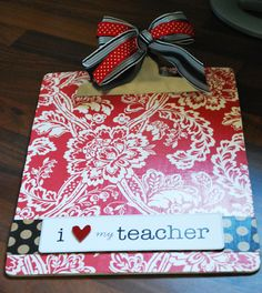 Make your own clipboard!  Super cute!  Coordinate with any color scheme.