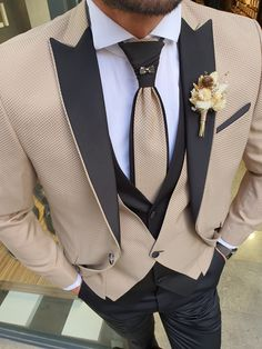 Indian Men Fashion, Mens Fashion Suits, Mens Suits, Men's Fashion, Couture Fashion, Daily Fashion, Groom And Groomsmen Suits, Groom Attire, Wedding Tux