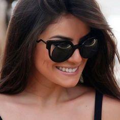 Queremos charme e estilo para essa semana! A inspiração é na linda @camybaganha e seu #Fendi #Paradeyes #oticaswanny