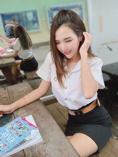 Last day promotion 2 in 1 mestar iron pro Cute Asian Girls, Beautiful Asian Girls, Cute Girls, School Girl Japan, Mädchen In Bikinis, University Girl, Student Fashion, Poker Online, Asian Woman