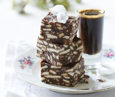 7 classic South African desserts you have to make today - Good Housekeeping - Andelien Engelbrecht - African Food South African Desserts, South African Dishes, South African Recipes, Brownie Recipes, Cookie Recipes, Dessert Recipes, Snack Recipes, African Cake, Fridge Cake