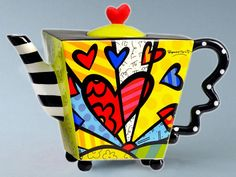 Romero Britto Teapot Square Heart Ceramic Dolomite Tea Pot Infuser Cup Decor New by Romero Britto Britto Disney, Pop Art, Tea For One, Teapots And Cups, Ceramic Teapots, Tea Time, Tea Party, Whimsical, Tea Cups