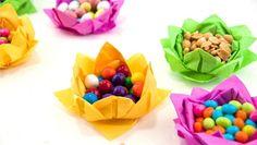 pliage serviette en papier en forme de panier à bonbons