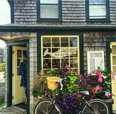 Bookstore in Sconset, Nantucket, Massachusetts, US Cape Cod, Marthas Vinyard, Nantucket Island, Nantucket Style, Coastal Style, Beaux Villages, Beach Cottages, Beach Houses, Tiny Houses