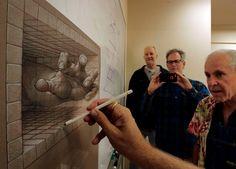 Kurt Wenner, wynalazca sztuki trójwymiarowego malarstwa chodnikowego, artystyczny geniusz, architekt i rzeźbiarz. Wykłada i prowadzi warsztaty na całym świecie.  Dziś Kurt odpowiada na zadane mu pytania, dając wgląd w proces twórczy trójwymiarowego malarstwa chodnikowego.