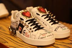 Leave your own mark at the sneakers boutique in Via Della Spiga 1, Milan! #DGSneakers #DGSPIGA1 #DGYOURSELF
