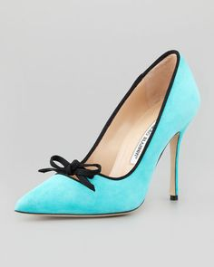 MANOLO BLAHNIK Bori Piped Suede Bow Pump, turquoise
