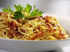 Sandra Lee's Spaghetti Carbonara