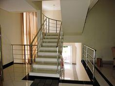 Casa em condomínio com 4 dormitorios para Venda em Jardim Colonia
