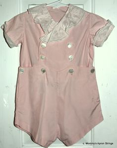 Mommy's Apron Strings: Vintage Button-on Suit. Vintage Baby Dresses, Vintage Baby Boys, Vintage Baby Clothes, Baby Kids Clothes, Vintage Outfits, Fashion Vintage, Vintage Children, Vintage Pink, Baby Girl Patterns
