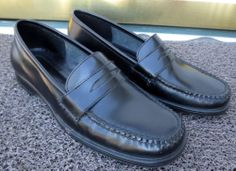 Women's GH Bass Weejuns Diana Black Leather Slip On Penny Loafers Size 8 Med