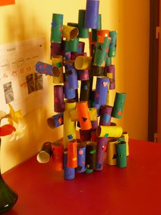 Salden in ps ms - 2019 Bastelspiele Design Kindergarten Art Lessons, Creative Arts Therapy, Group Art Projects, Rolled Paper Art, Paper Roll Crafts, Collaborative Art, Preschool Art, Elements Of Art, Recycled Art