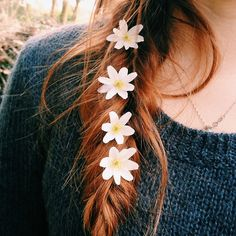 pretty hair tumblr with flowers - Google Search
