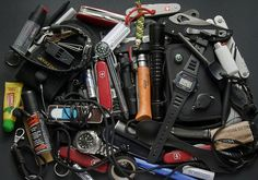 EDC - sure hope that's in a go-bag, because that's a lot of stuff to carry in your pocket ;)