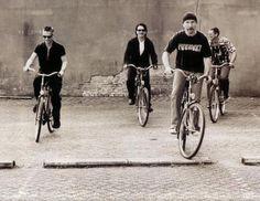 U2 - On yer bike boys!