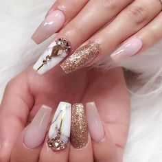 Tag a friend who would wear this! #nailsbythai #805nails