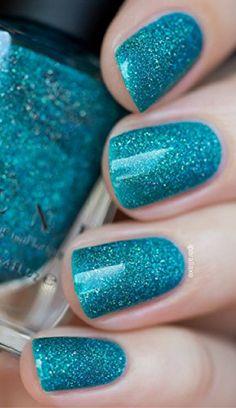 Caribbean Blue Holographic Nail Polish