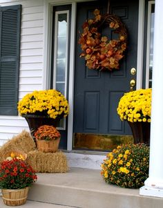 fall porch. This is my plan for tomorrow.