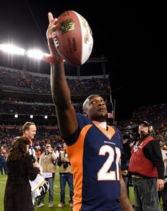 . Aqib Talib (21) of the Denver Broncos points to the crowd after the Broncos beat the Packers 29 to 10.  The Denver Broncos played the Green Bay Packers at Sports Authority Field at Mile High in Denver, CO on November 1, 2015. (Photo by Helen H. Richardson/The Denver Post)