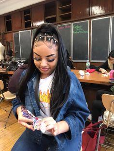 143 Best Baddie Hairstyles Images In 2020 Baddie Hairstyles