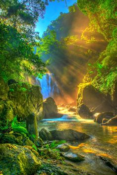 Taiwan falls oblique light by 仲凱 吳 on 500px