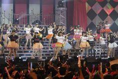 指原莉乃プロデュース『第一回ゆび祭り~アイドル臨時総会~』で現役アイドル86人がAKB48の「ヘビーローテーション」を熱唱   #AKBnews