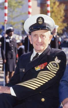Chief Hoffman at the dedication of the Navy Memorial -- October 13, 1987