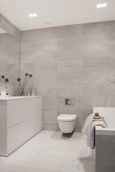 Modern minimalisme in een prachtig klassiek appartement - Roomed | roomed.nl
