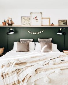 Trendy Home Office Design Dark Wood Benjamin Moore Ideas Bedroom Green, Dream Bedroom, Home Bedroom, Master Bedrooms, Bedroom Furniture, Romantic Bedroom Decor, Bedroom Vintage, Luxurious Bedrooms, New Room