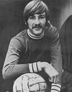 Circa 1970. On the brink of a move to Liverpool, winger Steve Heighway in the colours of his first club Skelmersdale United