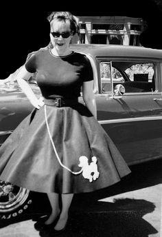 Cute Vintage Retro Gaberdine Circle Skirt With Sweet Felt Poodle