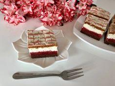 Czerwony kapturek – bajeczne ciasto z truskawkami! To ciasto wcale nie jest trudne w wykonaniu! A jest bajecznie pyszne, więc naprawdę warto je zrobić. Kakaowe ciasto z musem truskawkowym i bitą śmietaną to połączenie smakowe, które wprost rozpływa się w ustach. Polecam! Do wykonania ciasta użyłam foremki o wymiarach 24x30cm. Przepis autorski.   Składniki …