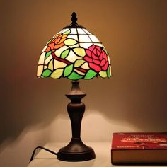 Garden Blooms Tiffany Desk Lamp for Children