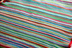 Skinny Stripe Crochet Blanket [Free Pattern]   Styles Idea