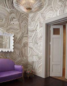 "fabulous faux bois wall finish by Mark Uriu for ""Mish"" in New York Photographer: Miguel Flores-Vianna via The Style Saloniste (interesting, but too bold for my taste) Decor, Textured Walls, Wallpaper Interior Design, Interior, Wall Treatments, Wallpaper, Malachite Wallpaper, Home Decor, Interior Design"